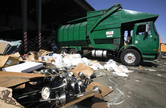 Trash Hauling-Santa Maria Dumpster Rental & Junk Removal Services-We Offer Residential and Commercial Dumpster Removal Services, Portable Toilet Services, Dumpster Rentals, Bulk Trash, Demolition Removal, Junk Hauling, Rubbish Removal, Waste Containers, Debris Removal, 20 & 30 Yard Container Rentals, and much more!